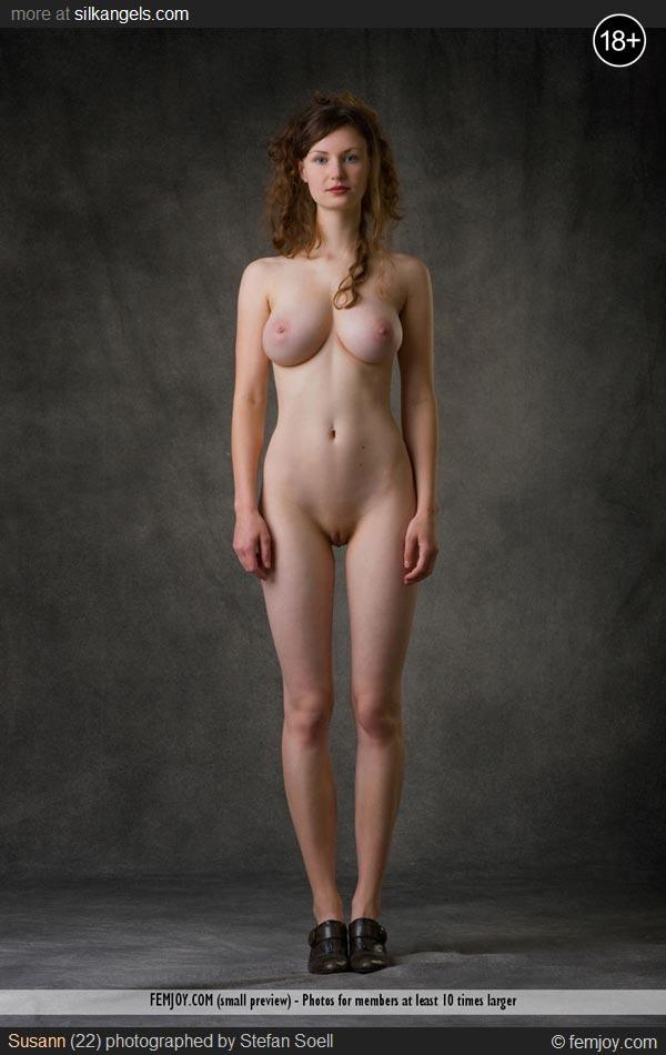 Erotic photos of naked women