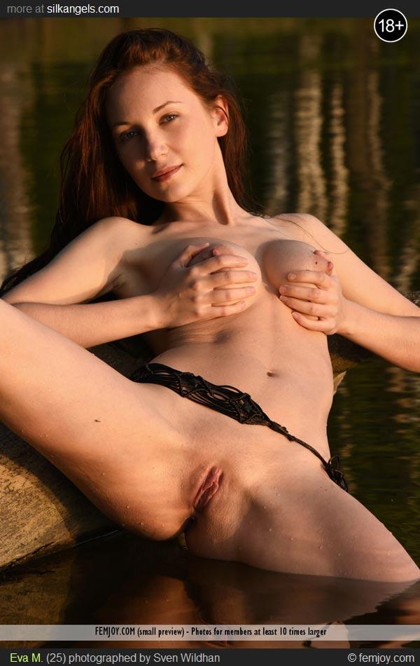 Eva model nude v